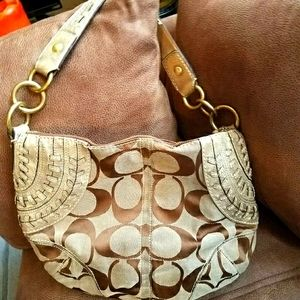 Coach signature hobo with knitted leather trim